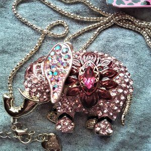 Betsey Johnson pink gem elephant necklace NWT